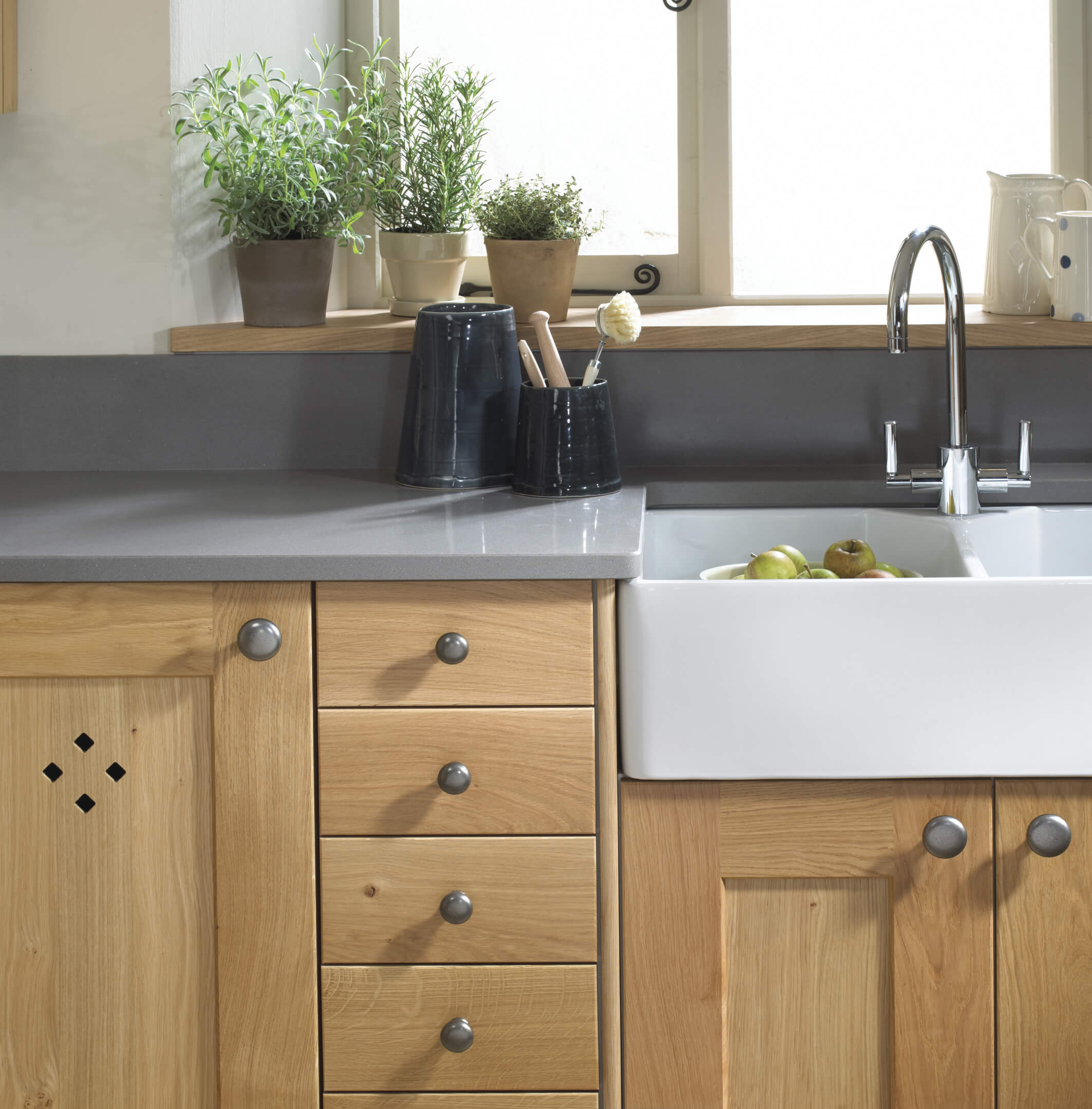Erin Solid Oak Kitchen (2)