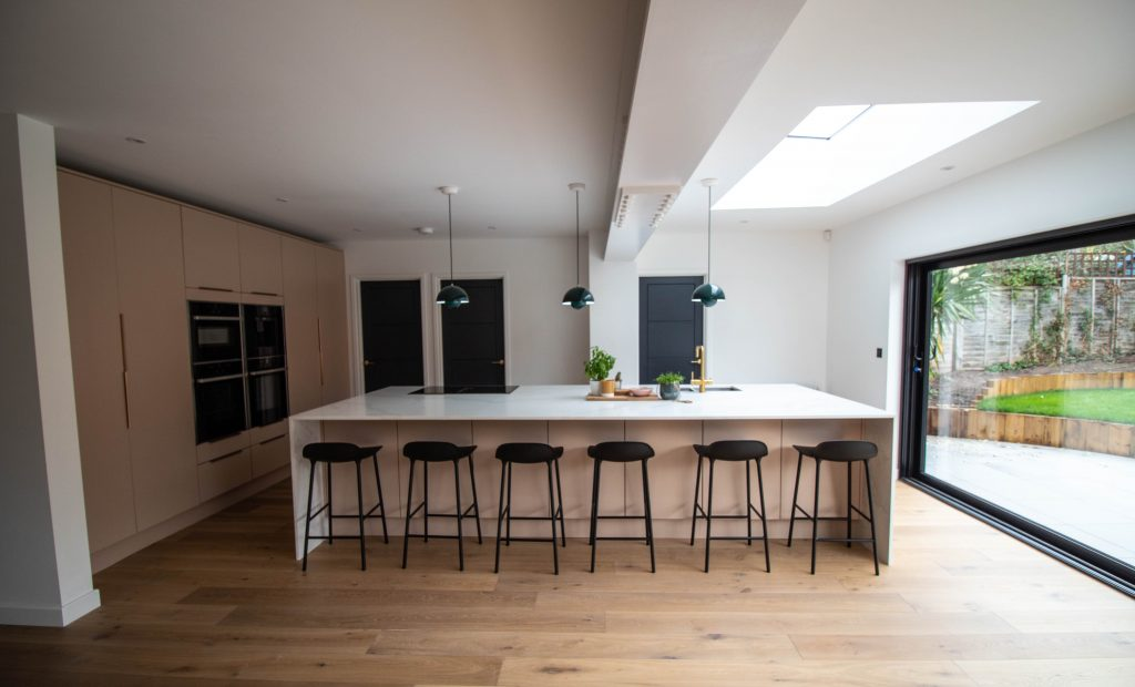 Bespoke Painted Oak Veneer Kitchen, Noble Kitchens