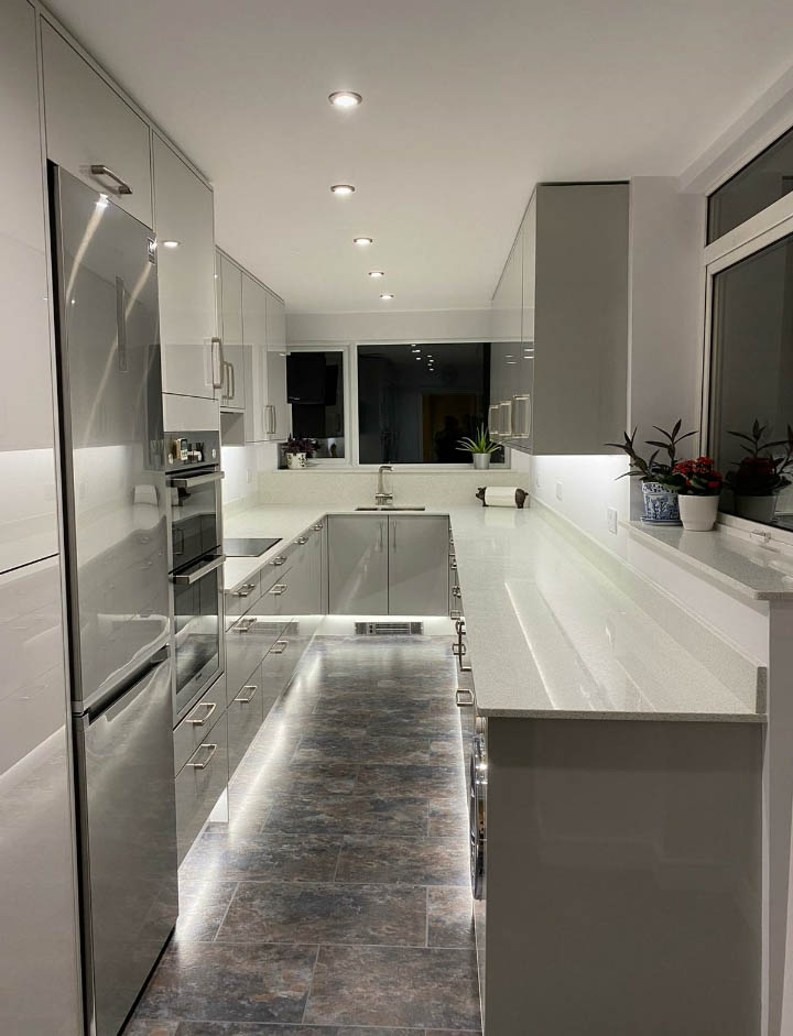 Gloss Slab Door in Champagne, Noble Kitchens